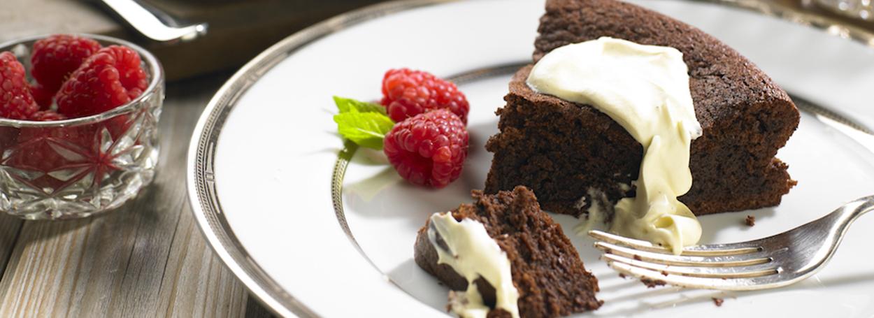 Chocolate, almond & black olive cake