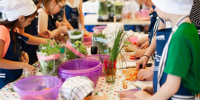 Aceitunas, el plato perfecto para las celebraciones infantiles