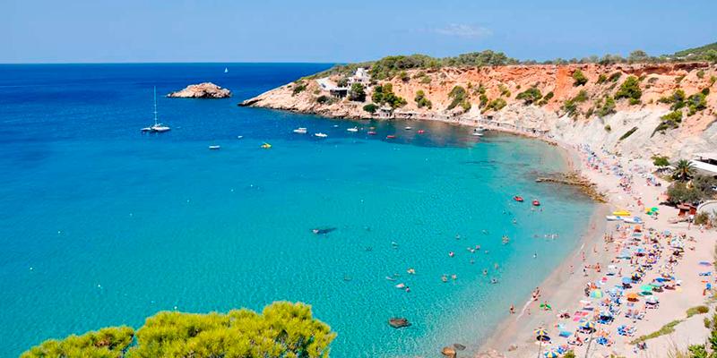 Las mejores playas de España con Aceitunas Fragata