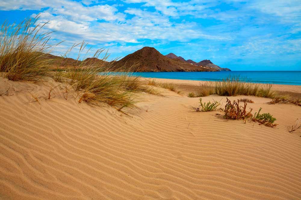 Playa de los Genoveses en Níjar, Almería)