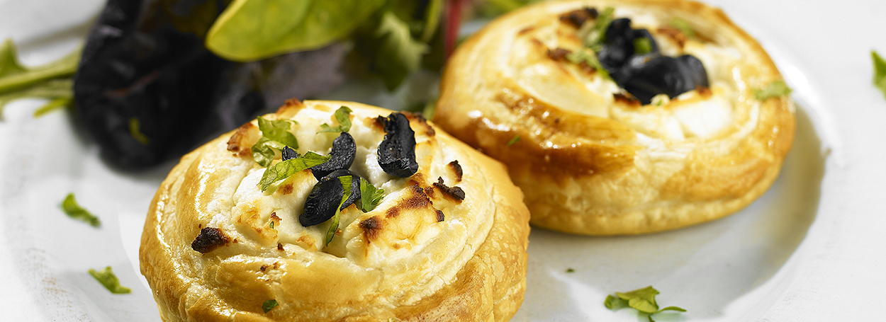 Goats cheese & olive tartlets