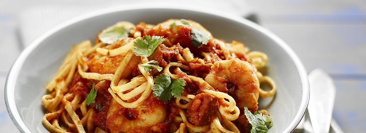 Prawn, tomato & olive linguine