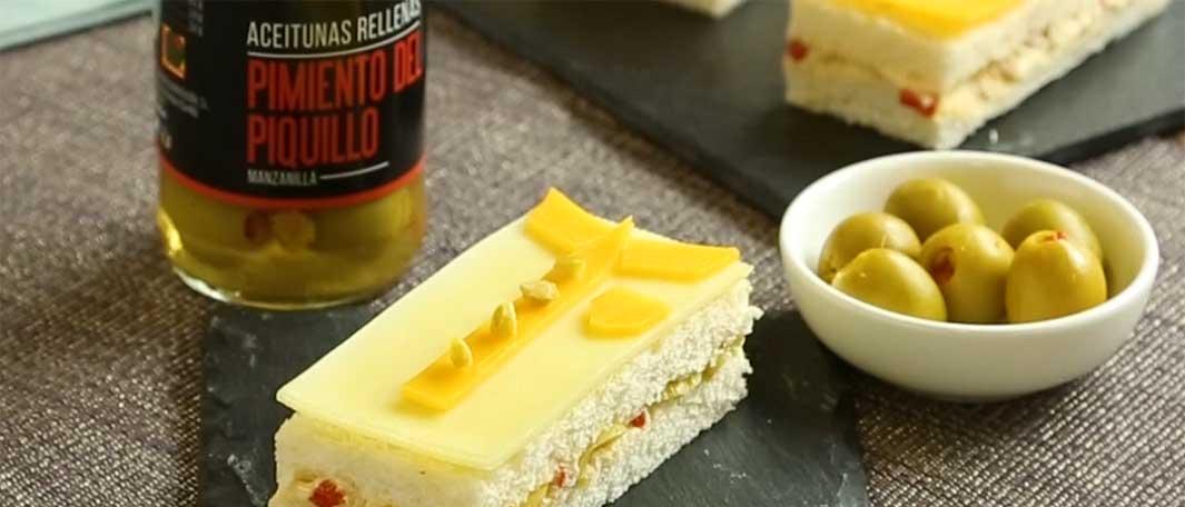 Mini sándwiches con aceitunas